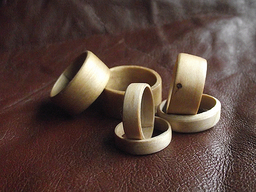 6 bentwood style wooden rings